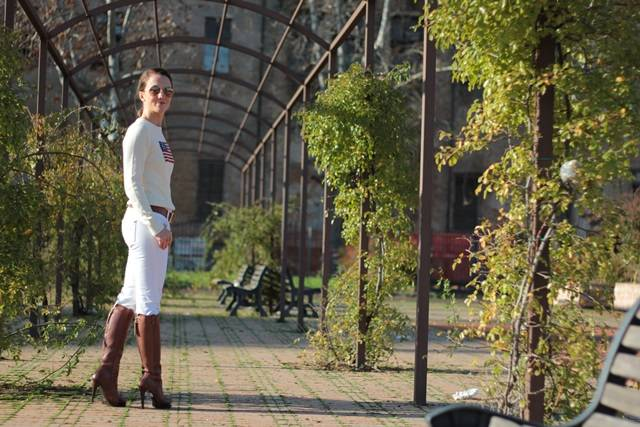 Fashion blogger, Fashion blog, Maggie Dallospedale fashion diary, fashion event, Total white outfit with cognac accessories, 10