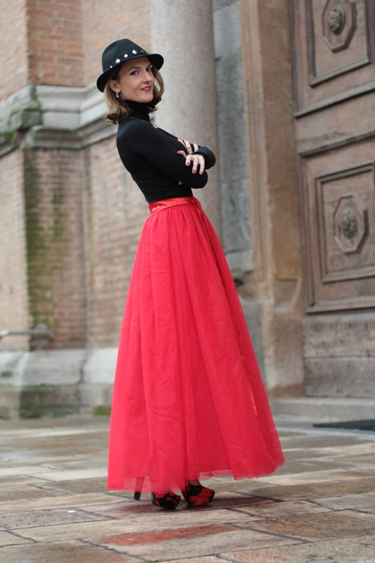 Chicwish.com Red tulle skirt