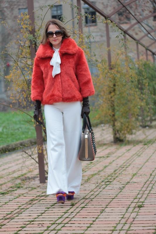 Fashion blogger, Fashion blog, Maggie Dallospedale fashion diary, fashion outfit, Total White, Blood Orange Faux Fur Coat, 4