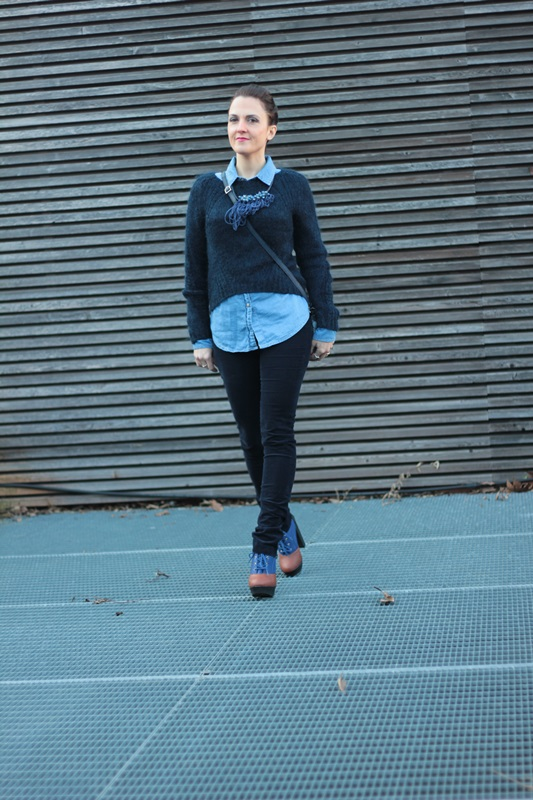 Fashion blogger, Fashion blog, Maggie Dallospedale fashion diary, fashion outfit, All Shades of Blue outfit, 2