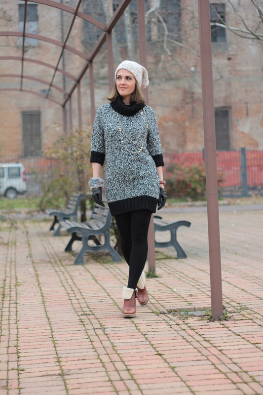 Fashion blogger, Fashion blog, Maggie Dallospedale fashion diary, fashion outfit, Knitted Dress, 1