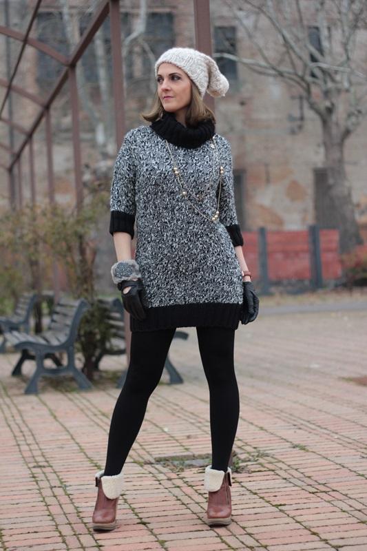 Fashion blogger, Fashion blog, Maggie Dallospedale fashion diary, fashion outfit, Knitted Dress, 3
