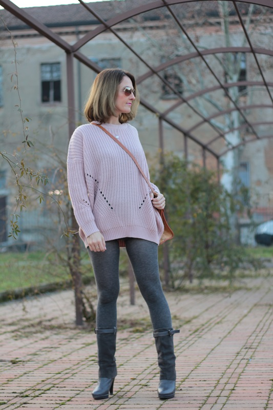 Fashion blogger, Fashion blog, Maggie Dallospedale fashion diary, fashion outfit, Oversize sweater, 3