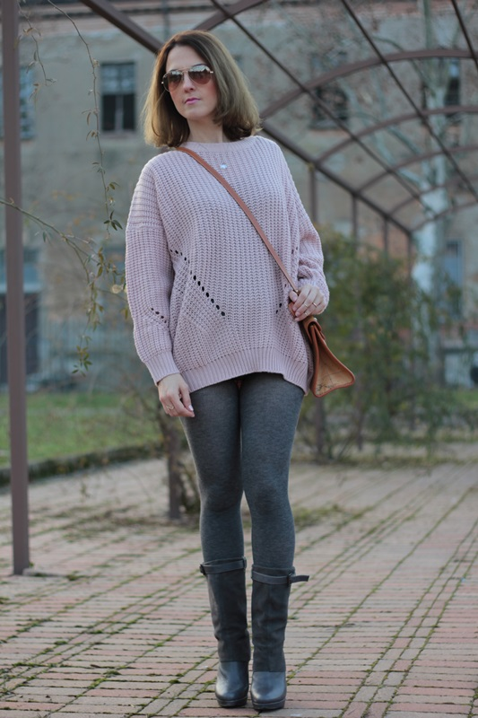 Fashion blogger, Fashion blog, Maggie Dallospedale fashion diary, fashion outfit, Oversize sweater, 7