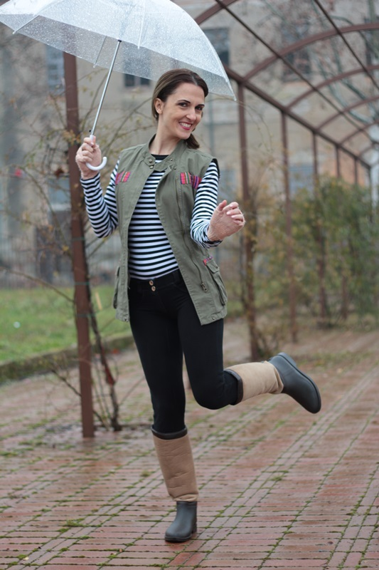 Rainy Day Outfit (Winter OOTD with rainboots ...