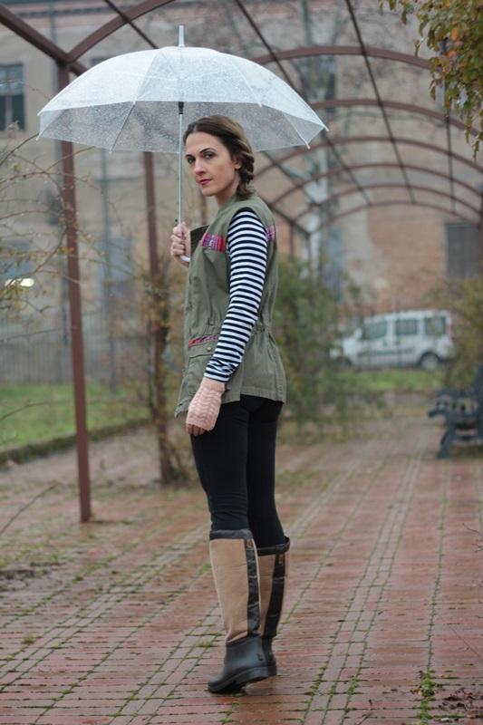 Fashion blogger, Fashion blog, Maggie Dallospedale fashion diary, fashion outfit, Rainy Day Outfit, 5