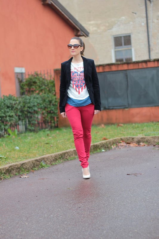 Fashion blogger, Fashion blog, Maggie Dallospedale fashion diary, fashion outfit, Sweatshirt, 2