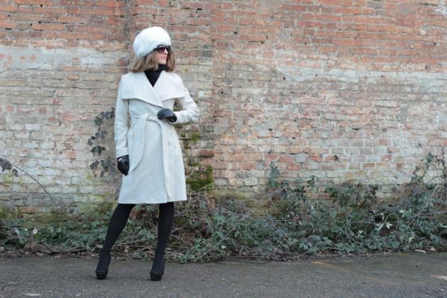 Fashion blogger, Fashion blog, Maggie Dallospedale fashion diary, fashion outfit, Bianco Nero ouutfit, 12