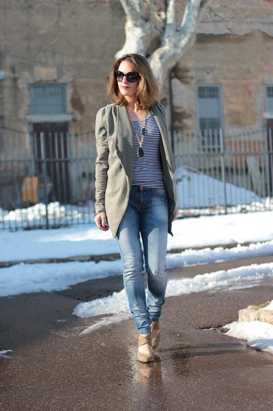 Fashion blogger, Fashion blog, Maggie Dallospedale fashion diary, fashion outfit, Fashion Blogger question, Army Chic Blazer, 10