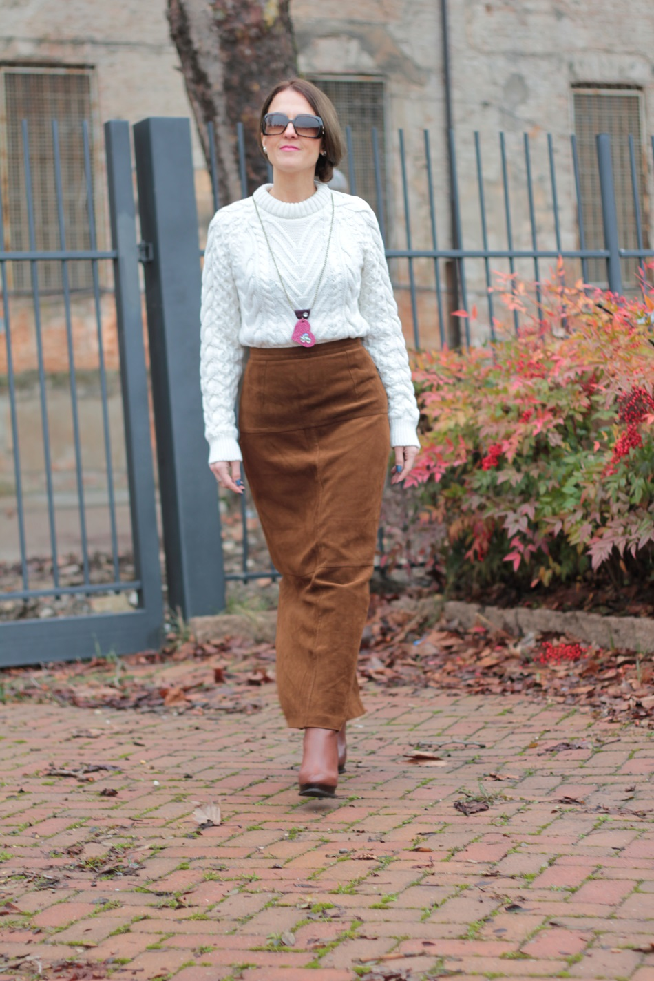 Glam Cowgirls - Suede long skirt (Western Style)