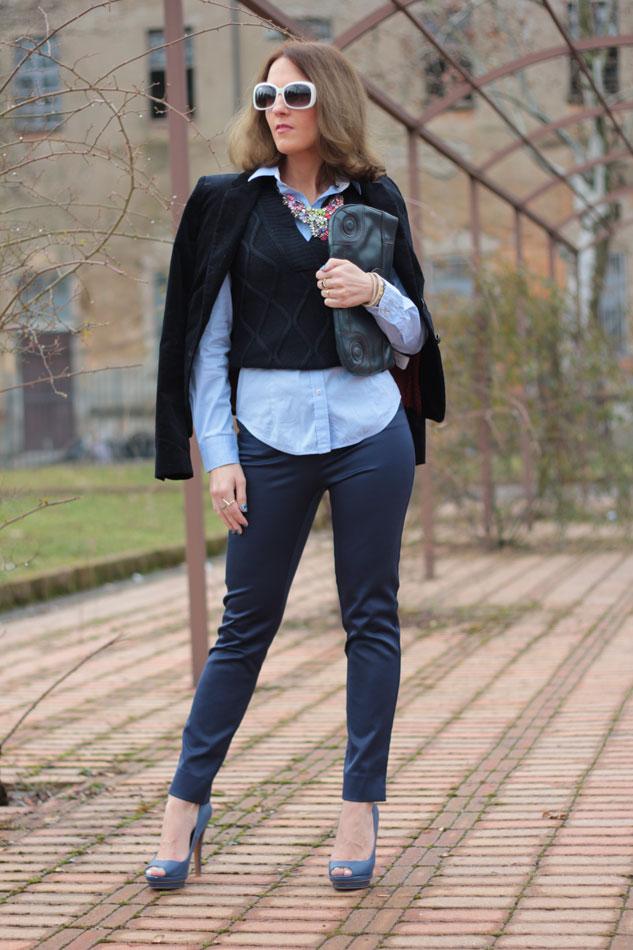Fashion blogger, Fashion blog, Maggie Dallospedale fashion diary, fashion outfit, Gilet, sfumature di blu, 1