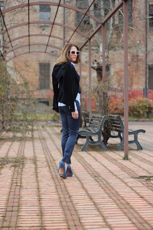 Fashion blogger, Fashion blog, Maggie Dallospedale fashion diary, fashion outfit, Gilet, sfumature di blu, 10