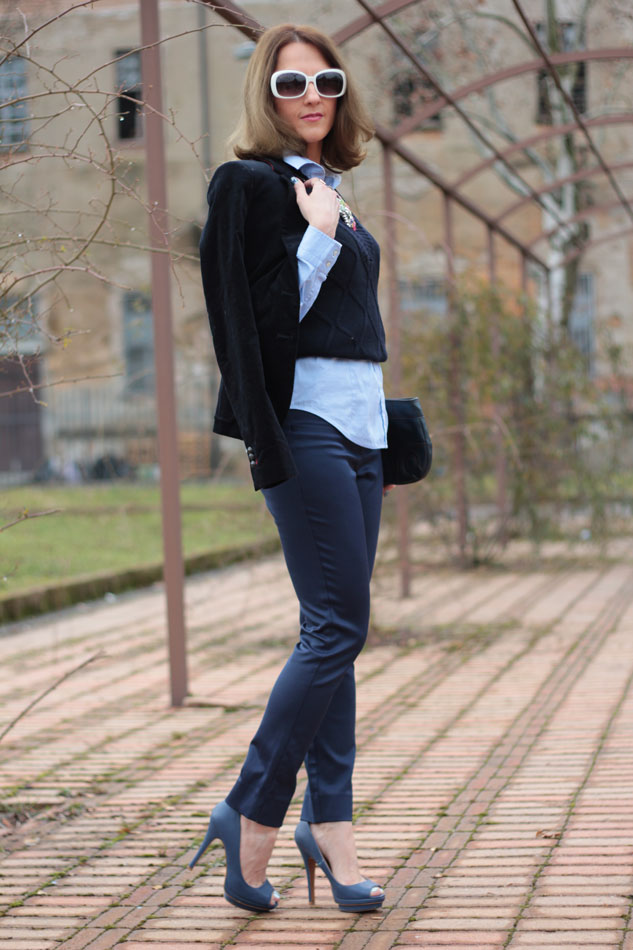 Fashion blogger, Fashion blog, Maggie Dallospedale fashion diary, fashion outfit, Gilet, sfumature di blu, 4