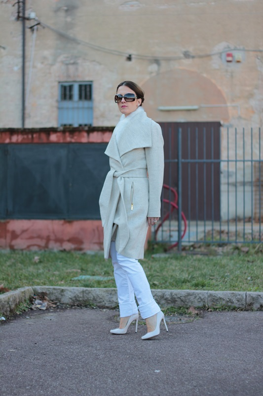 Fashion blogger, Fashion blog, Maggie Dallospedale fashion diary, fashion outfit, Total White Outfit, 5