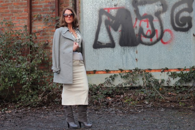 Fashion blogger, Fashion blog, Maggie Dallospedale fashion diary, fashion outfit, White long Skirt (total white and grey accessories), 14