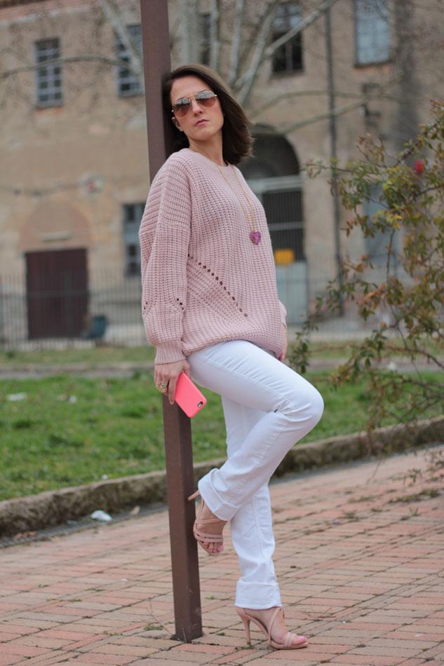 Fashion blogger, Fashion blog, Maggie Dallospedale fashion diary, fashion outfit, Pink Rihanna Inspiration, 2