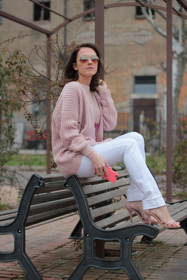 Fashion blogger, Fashion blog, Maggie Dallospedale fashion diary, fashion outfit, Pink Rihanna Inspiration, 9