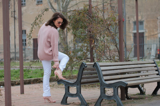 Fashion blogger, Fashion blog, Maggie Dallospedale fashion diary, fashion outfit, Pink Rihanna Inspiration, 1