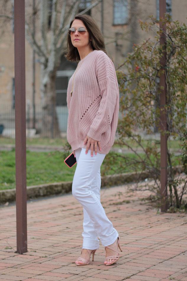Fashion blogger, Fashion blog, Maggie Dallospedale fashion diary, fashion outfit, Pink Rihanna Inspiration, 3