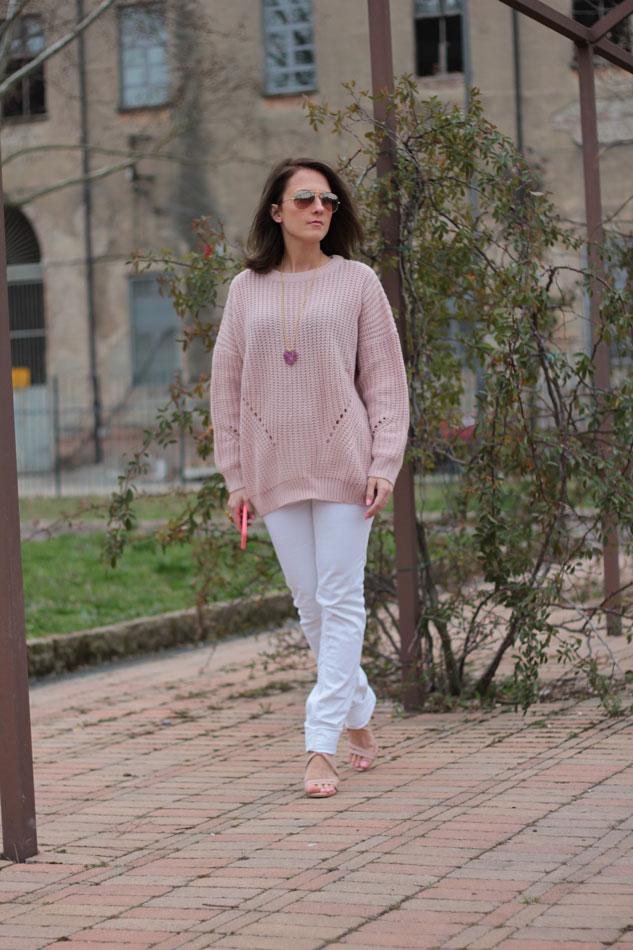Fashion blogger, Fashion blog, Maggie Dallospedale fashion diary, fashion outfit, Pink Rihanna Inspiration, 4