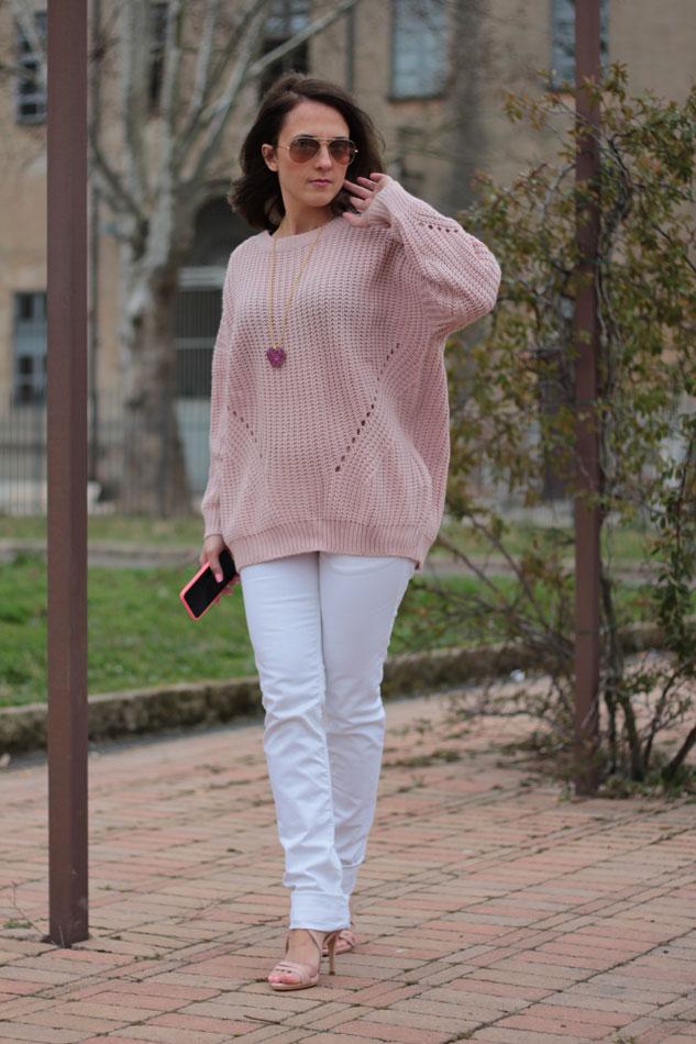 Fashion blogger, Fashion blog, Maggie Dallospedale fashion diary, fashion outfit, Pink Rihanna Inspiration, 5