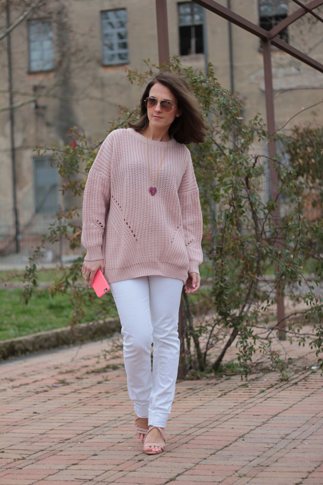 Fashion blogger, Fashion blog, Maggie Dallospedale fashion diary, fashion outfit, Pink Rihanna Inspiration, 6