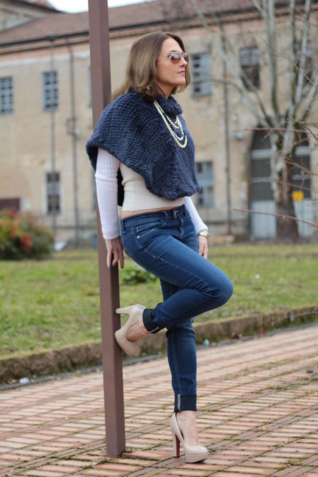 Fashion blogger, Fashion blog, Maggie Dallospedale fashion diary, fashion outfit, Blue Jeans, 0