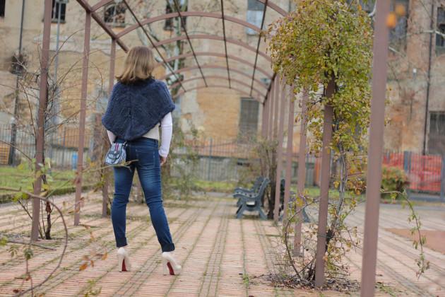 Fashion blogger, Fashion blog, Maggie Dallospedale fashion diary, fashion outfit, Blue Jeans, 11
