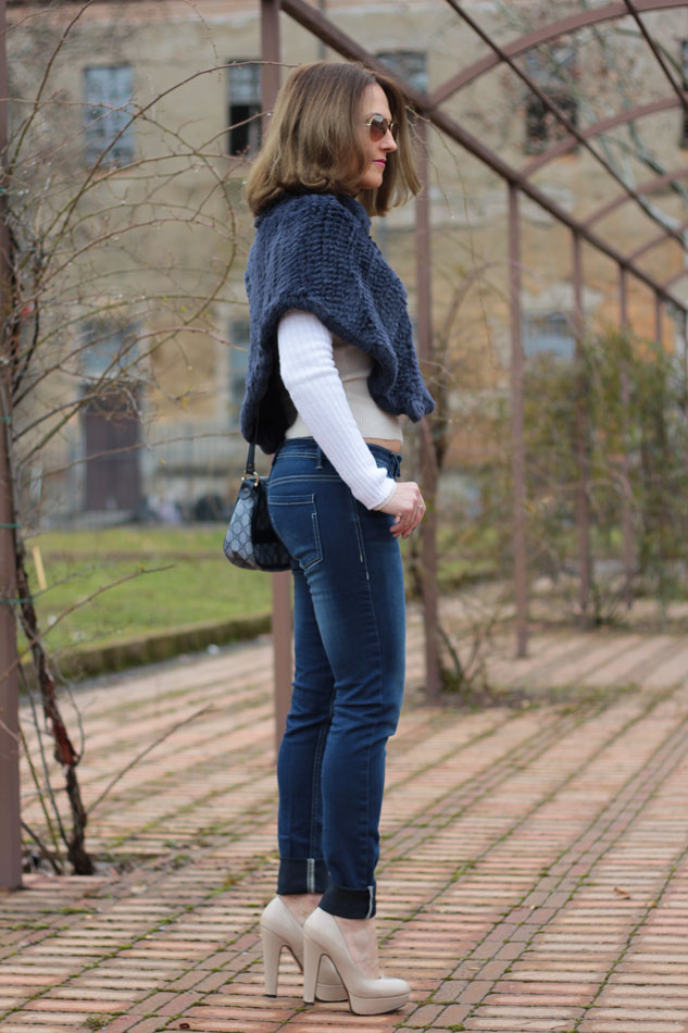 Fashion blogger, Fashion blog, Maggie Dallospedale fashion diary, fashion outfit, Blue Jeans, 5
