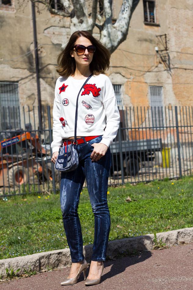 Sweatshirt Jeans Heels 4