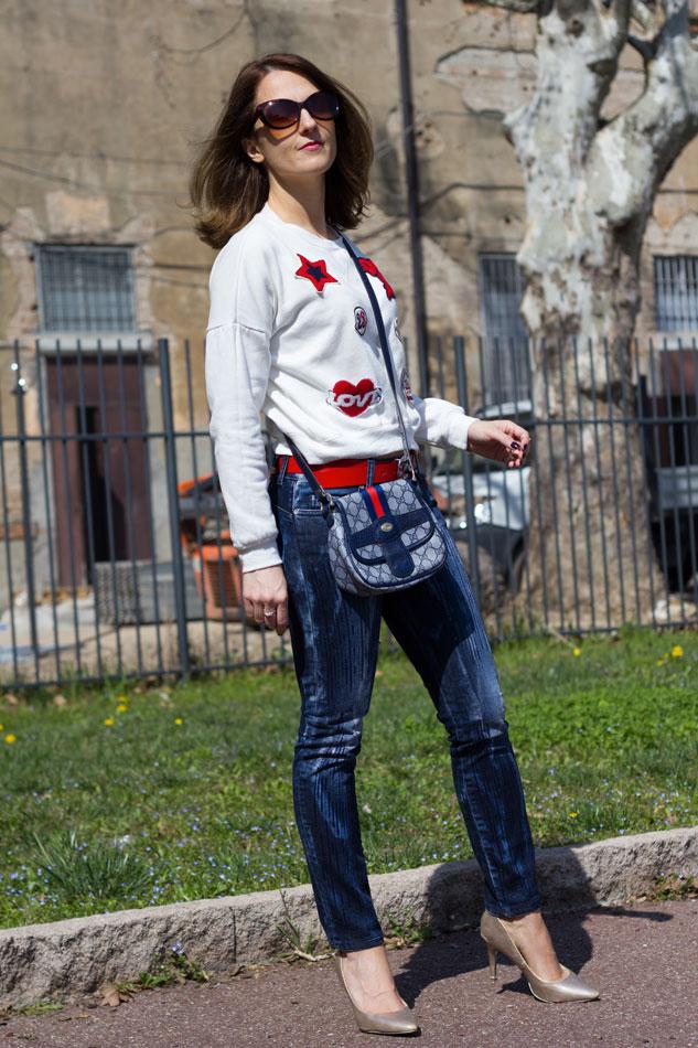 Sweatshirt Jeans Heels 5