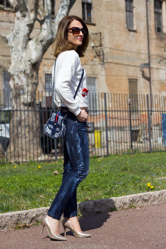Sweatshirt Jeans Heels 7