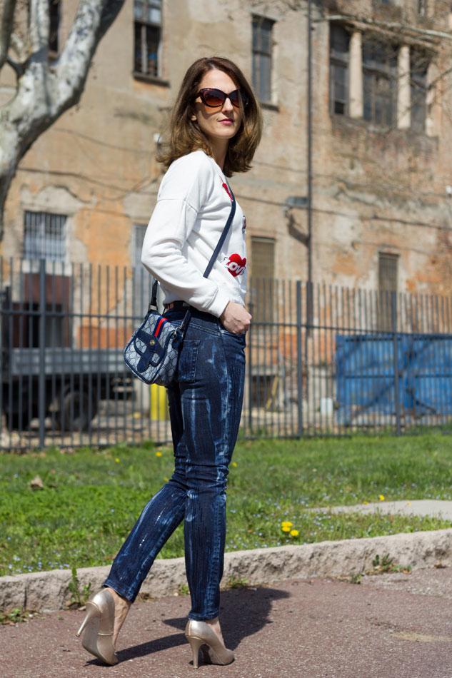 Sweatshirt Jeans Heels 8