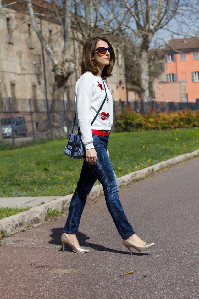 Sweatshirt Jeans Heels 9