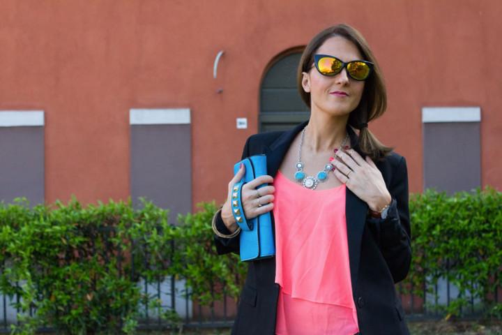 Gioiello bottone a clip la nuova tendenza in fatto di bijoux
