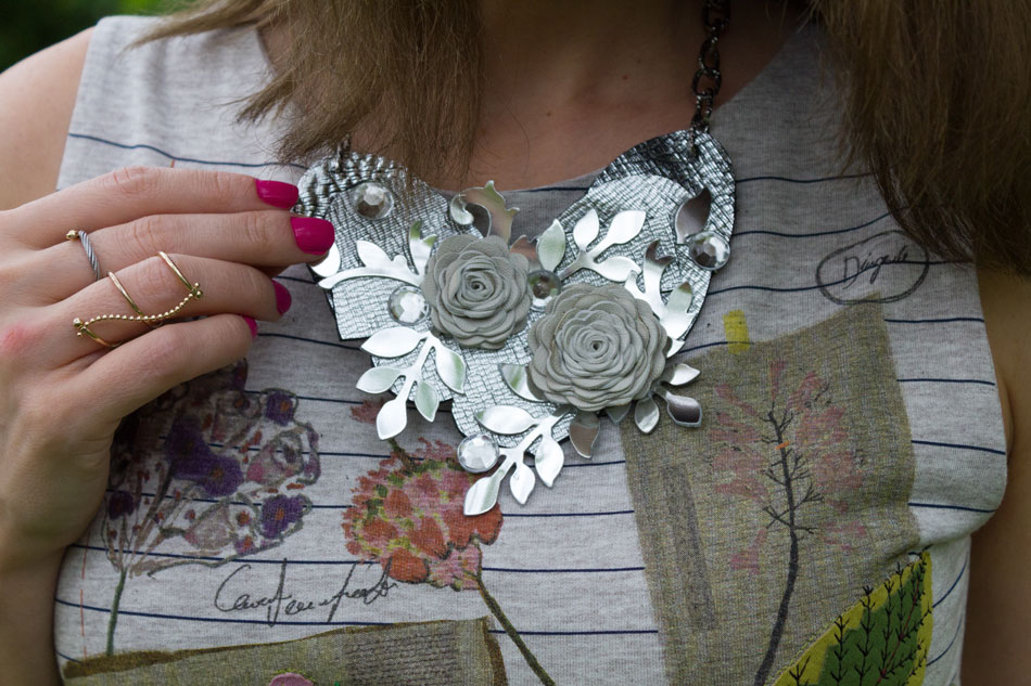 Les Naturelle Necklace