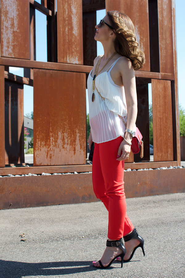 Red-Skinny-pants-10
