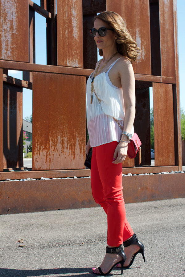 Red-Skinny-pants-9