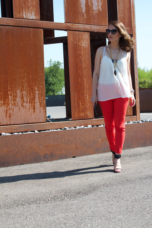Red-skinny-pants-7