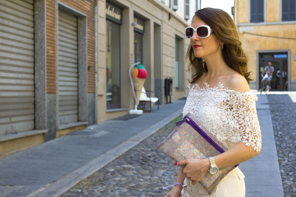 Off the Shoulder trend (Summer Total White outfit)