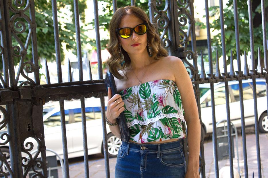 Denim-skirt-summer-hottest-trend