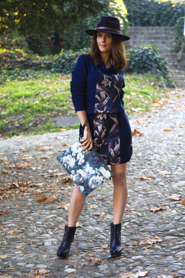 Nature-print-on-blue-dress