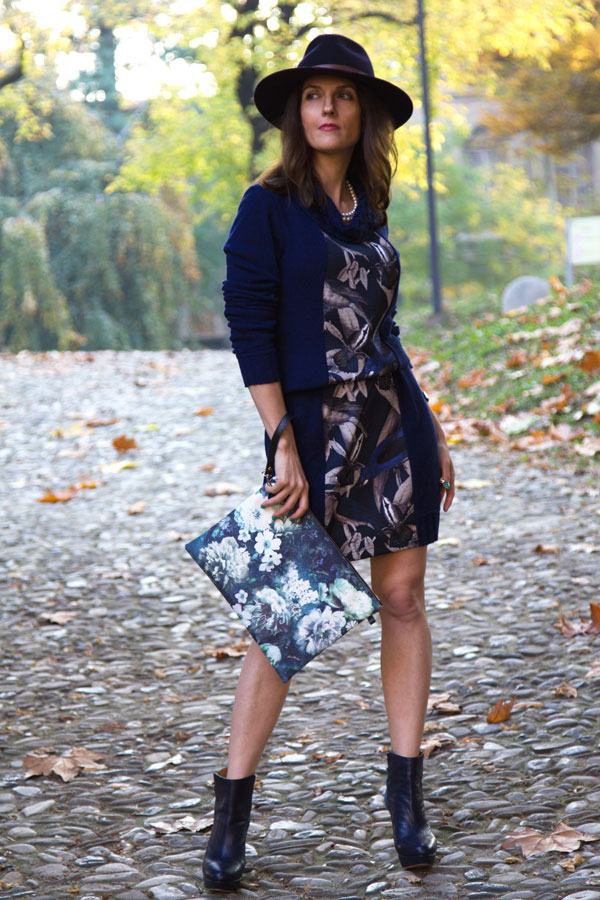 Nature-print-on-my-blue-dress