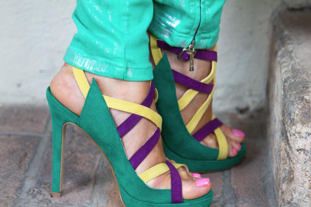 Indian-Savage-Sandals,-Maggie-Dallospedale- Indian Savage sandals in collaborazione con Vigevano Shoes