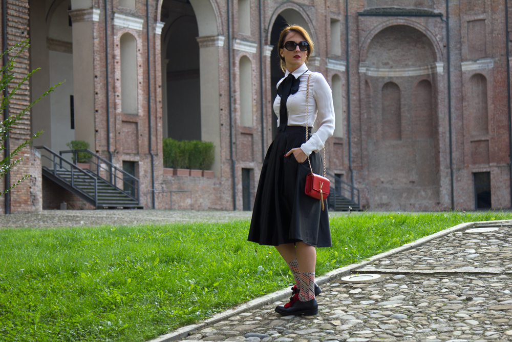Bon ton outfit, black and White outfit
