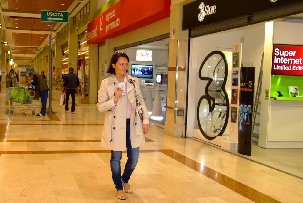 Una giornata di shopping al centro commerciale Auchan di San Rocco al Porto
