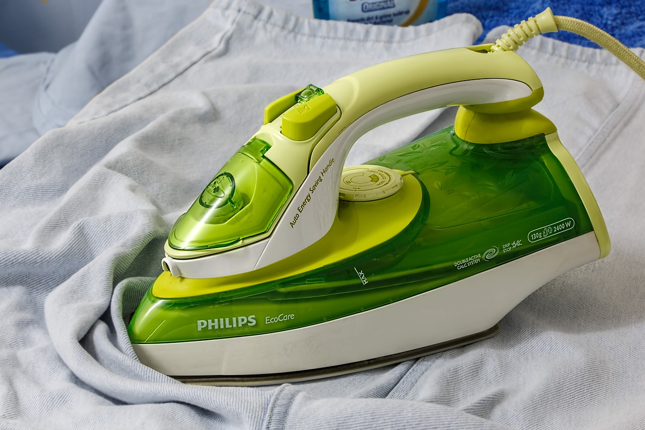 Philips, come stirare una camicia