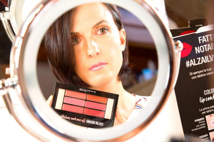 Contouring labbra perfette in solo quattro step con la palette Color Drama