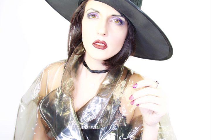 Halloween makeup: come fare un trucco da strega con solo quattro Ever