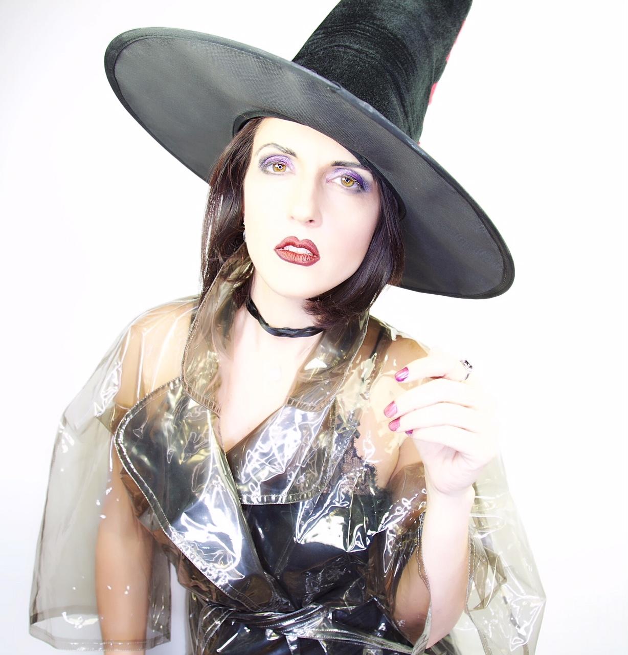 Trucco Halloween Per Bambini Da Strega.Halloween Makeup Come Fare Un Trucco Da Strega Con Solo Quattro